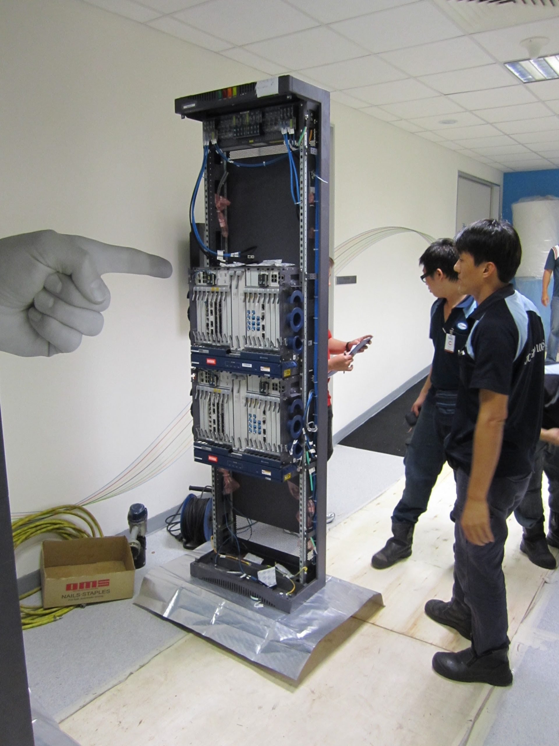 movers with electronic equipment
