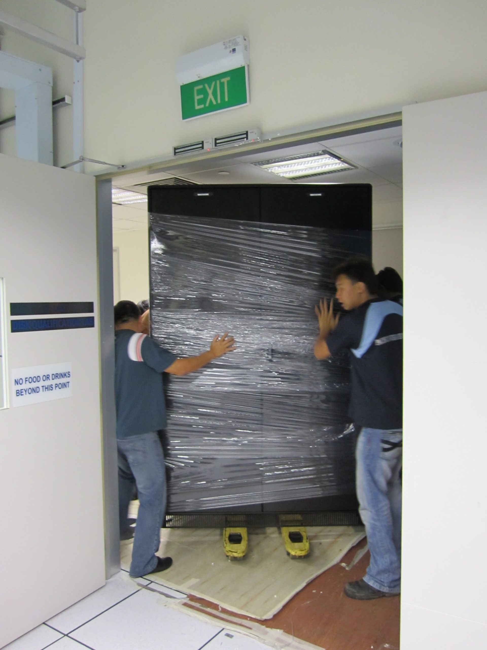 movers with server